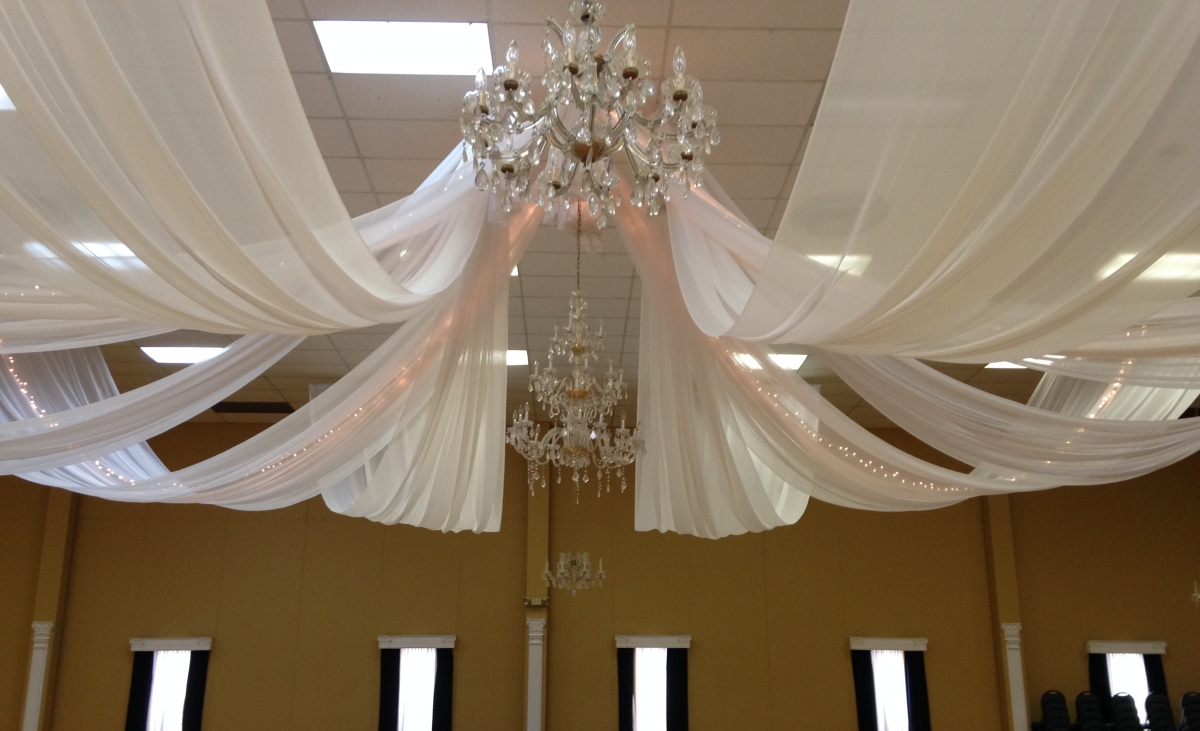 8 Ceiling Swags with Mini Lights, LVIV Hall