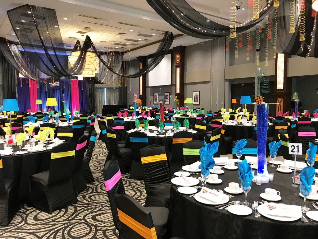 Tablescape Back to the 80's