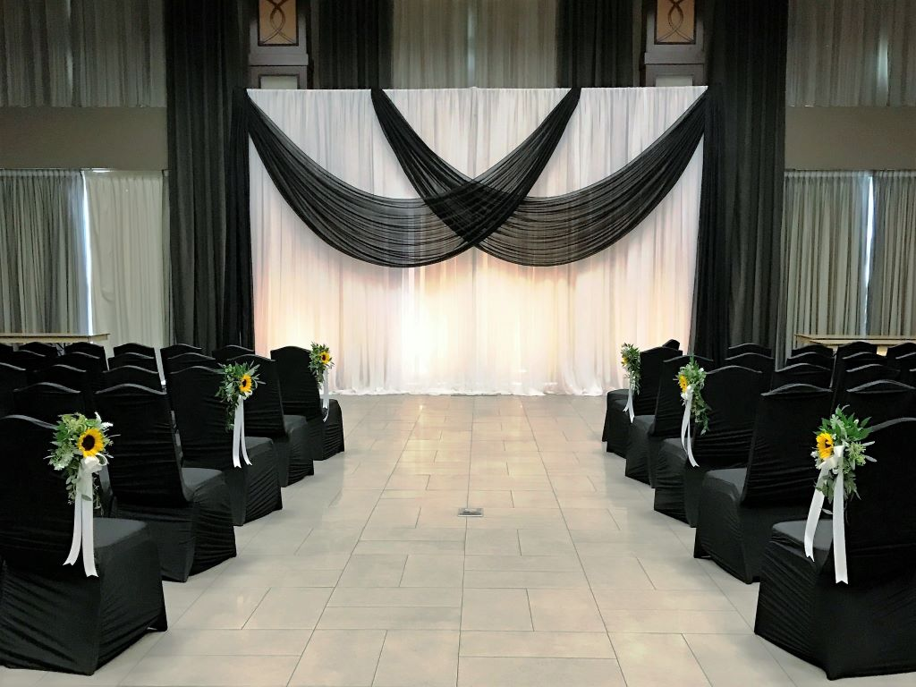 Ceremony to Reception Decor In Black & White