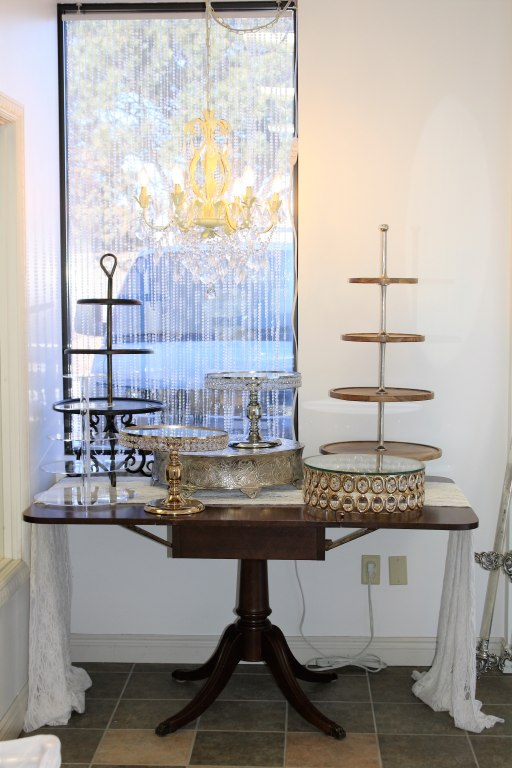 Antique Wood Cake Table for Rent