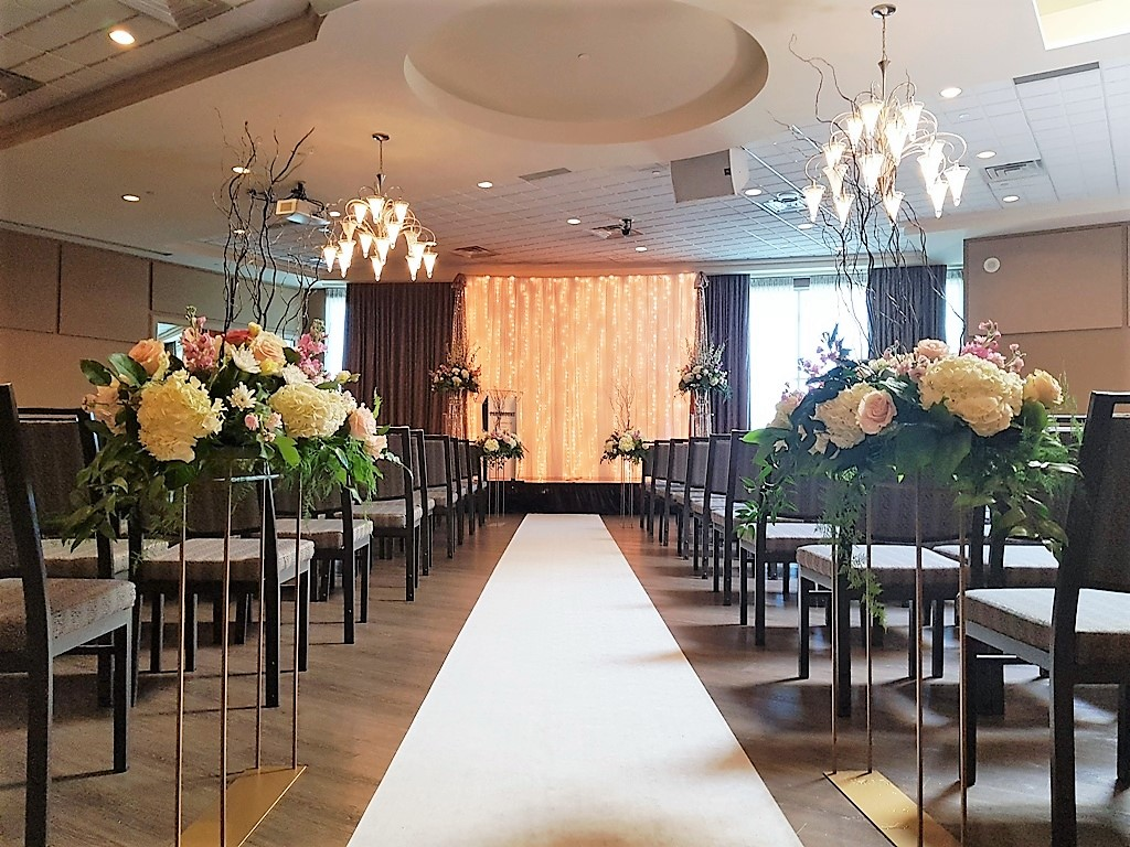 Ceremony Decor Waterfall of Lights, Aisle Runner & Floral Brentmore Stands with Florals