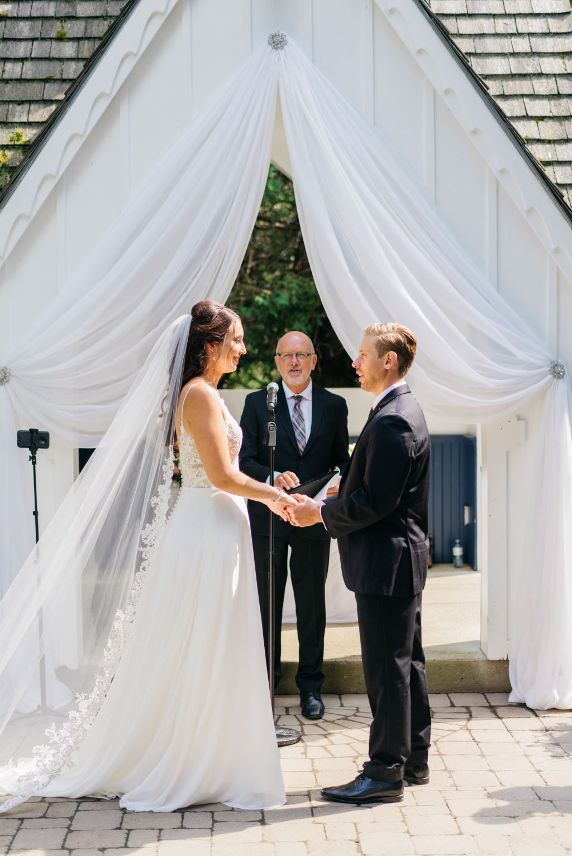 Royal Ashburn Golf Club Micro-Wedding, Photo Paula Visco Photography