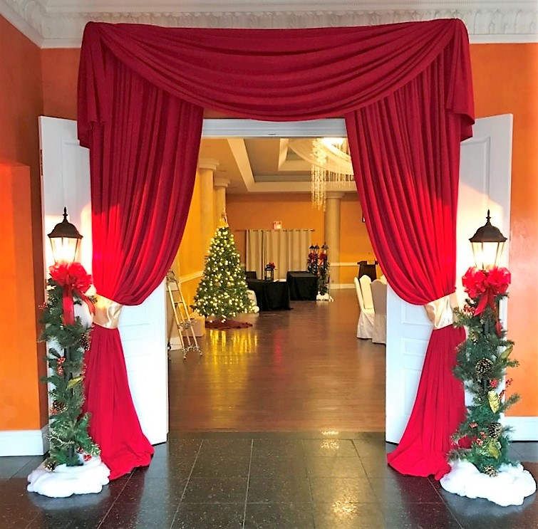 Holiday Entranceway