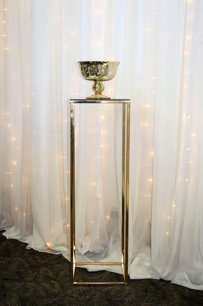 Gold Harlow Stand Pedestal