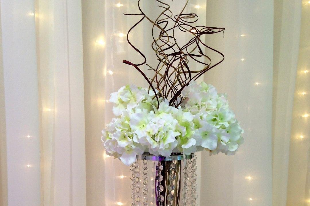 Silk Hydrangea Wreath with Gold Branches Centerpiece & Mini Crystal Shade