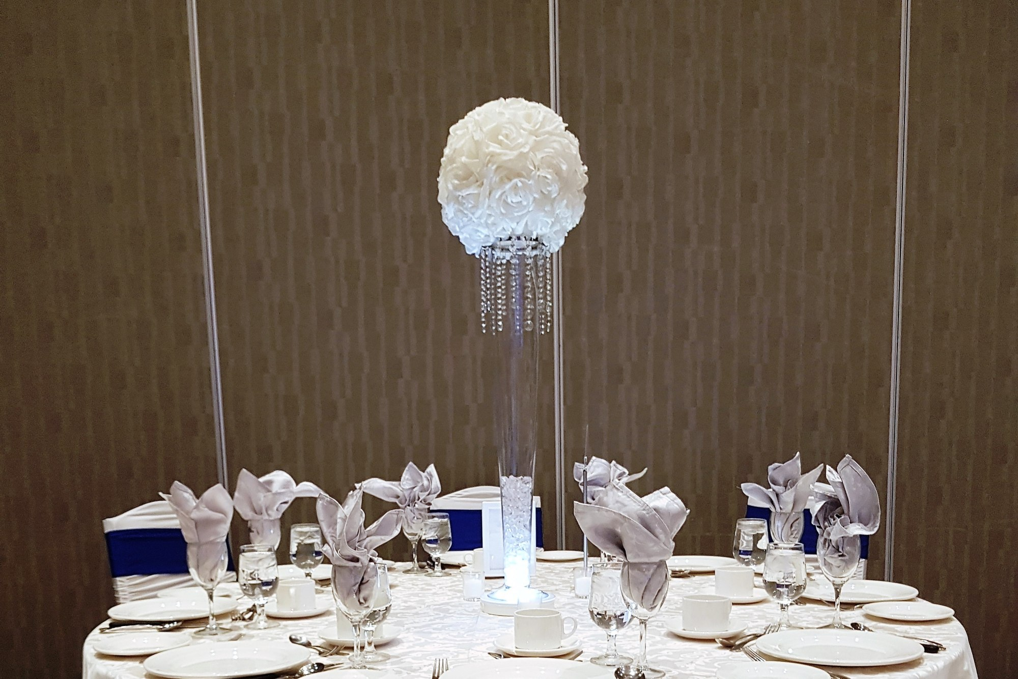 White Rose Ball Centrepiece with Mini Crystal Shade