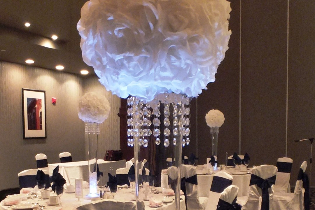 White Rose Ball Centrepieces with Mini Crystal Shade